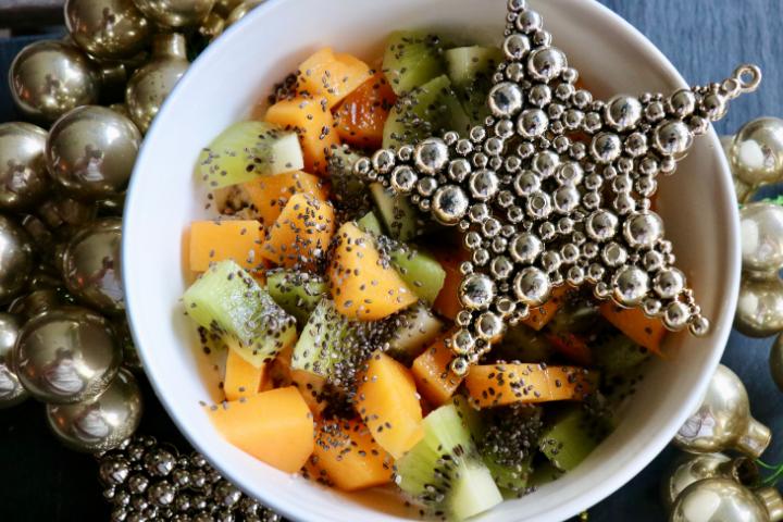 Kiwi-und-Kakifrucht